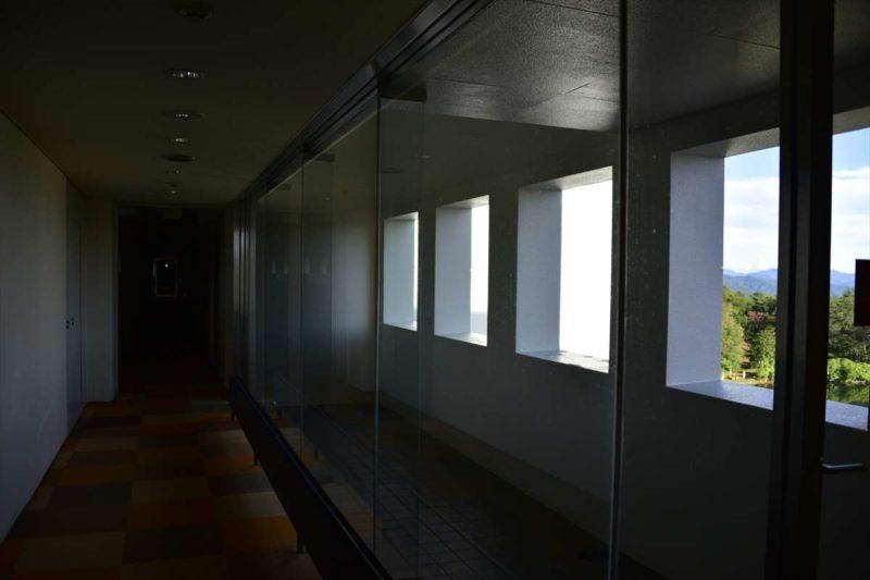 ホテル2階にはテラスがあり富士山のパノラマを見ることできます