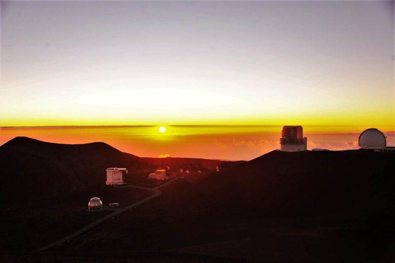 マウナケアから見た夕日