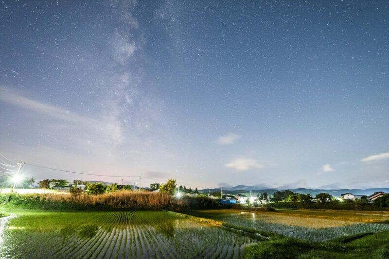 明け方の田園風景